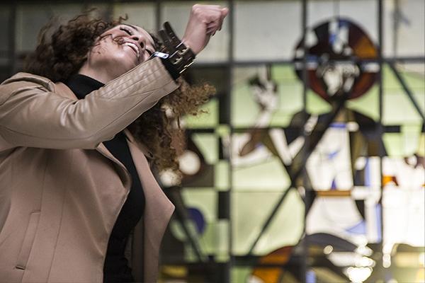 Sarah Juray @ video-opnames People by Helen Botman (Photo: Eric Minten)