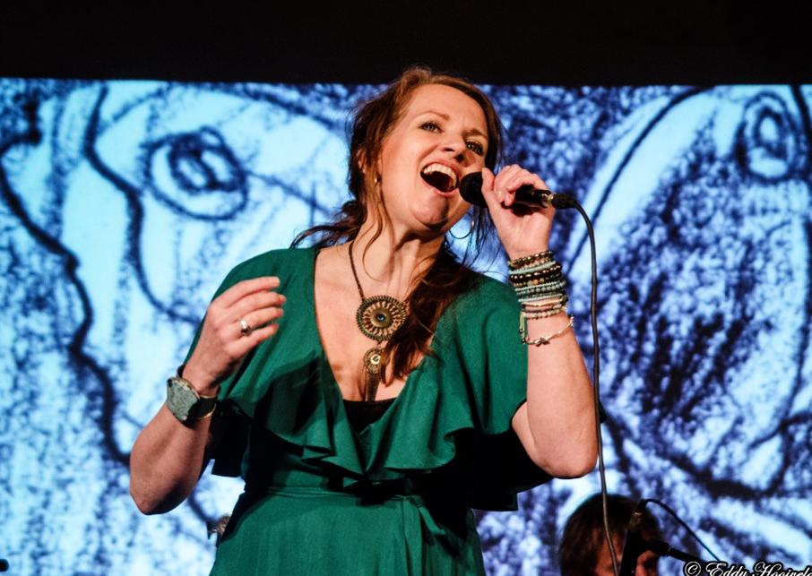 Helen Botman zingt haar songs tijdens het Lief Langedijk Concert 2017 - Wonderful World